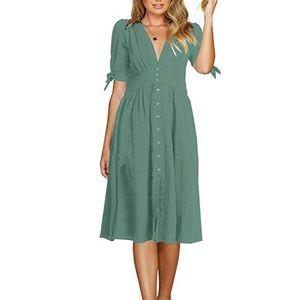 Dresses & Skirts - Deep V Midi Dress